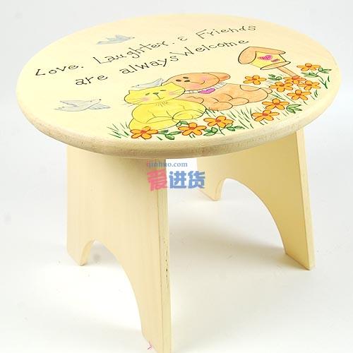 欧式乡村田园风格 清新的手绘田园板凳